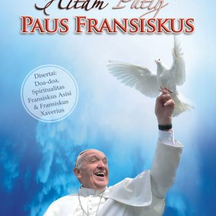 Hitam Putih PAUS FRANSISCUS